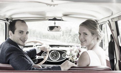 Hochzeitsfotografie – Shooting mit Mini Oldtimer in Stuttgart
