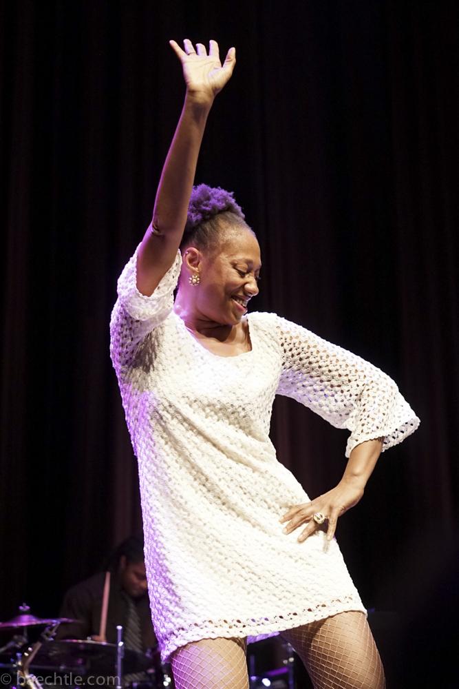 Kann singen und feiern: Darliene Parker