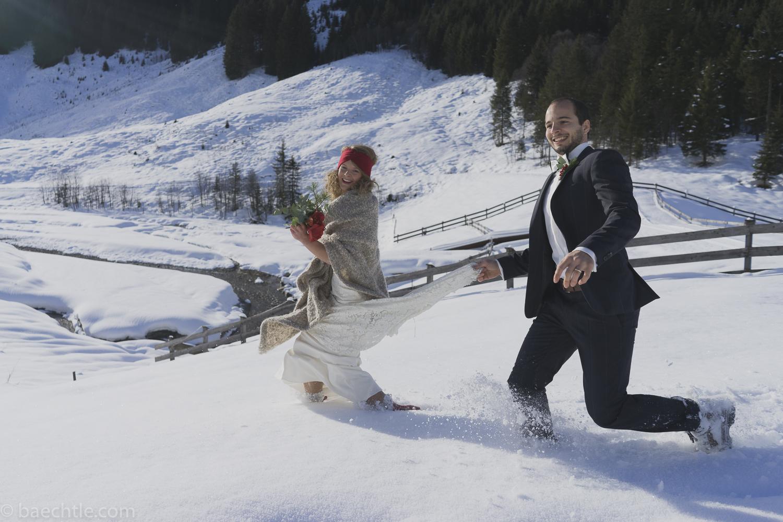 Hochzeitsfotografie – after wedding shooting im Schnee